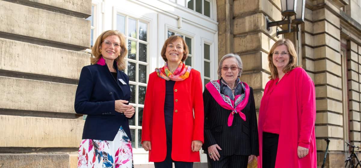 Die Geschichte der Barbara Schadeberg Stiftung