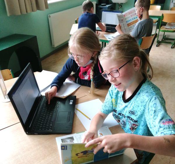 Foerderung Ev Grundschule Mühlhausen mit digitalen Endgeraeten